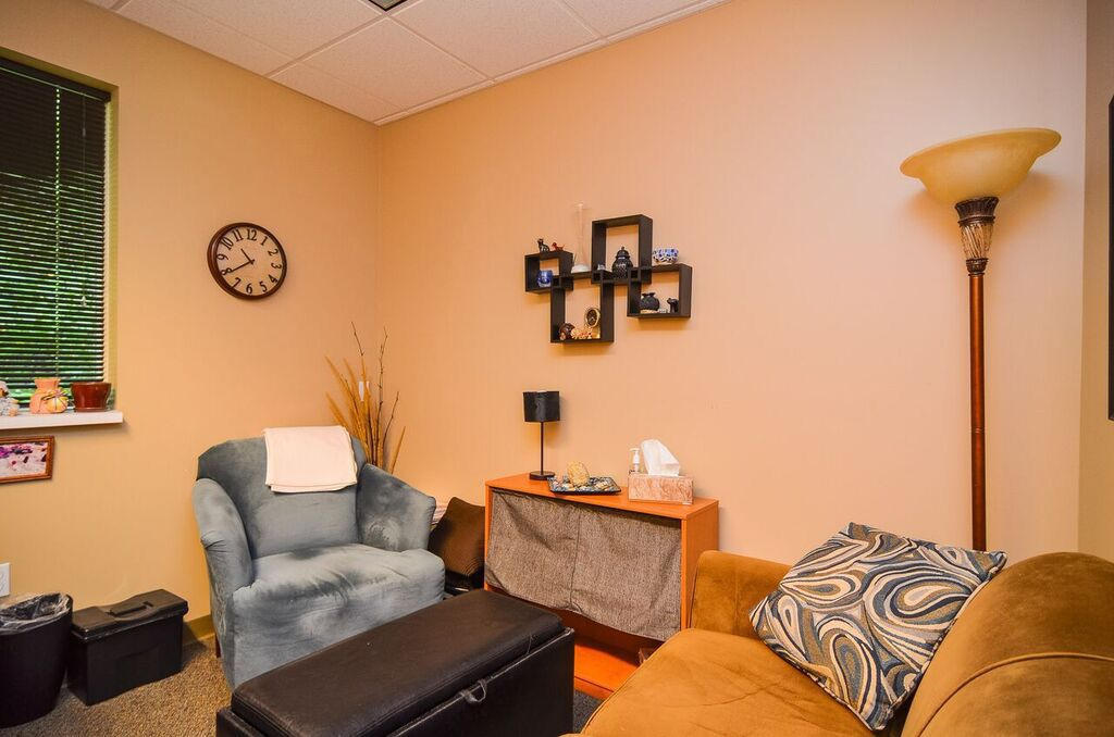 North Shore Clinic therapist office