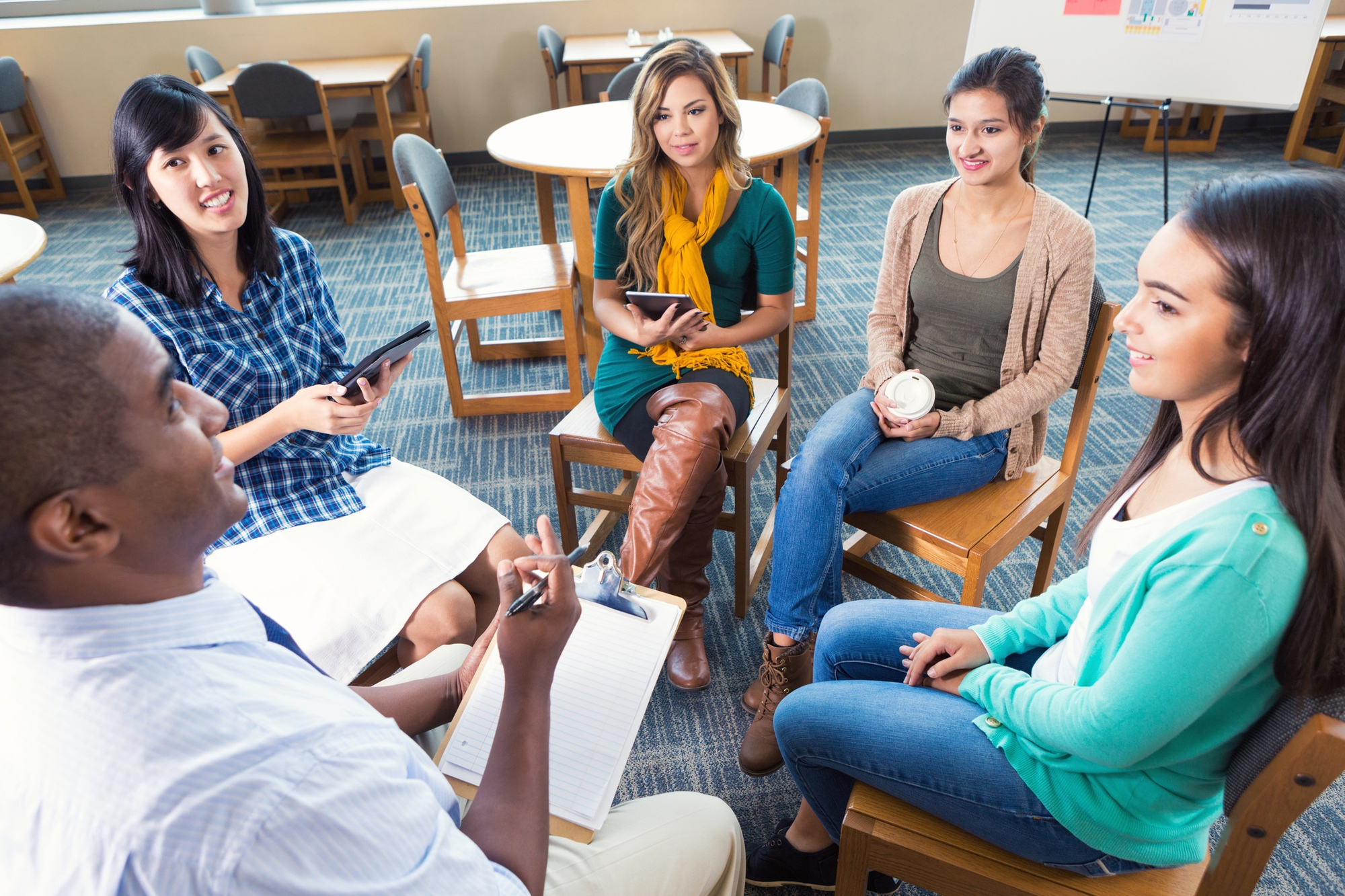 Psychotherapy: Understanding Group Therapy | Pine Rest Blog