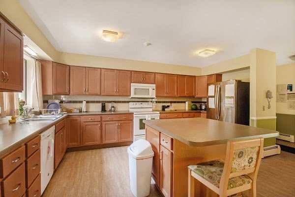 Adrian Kitchen 600x400