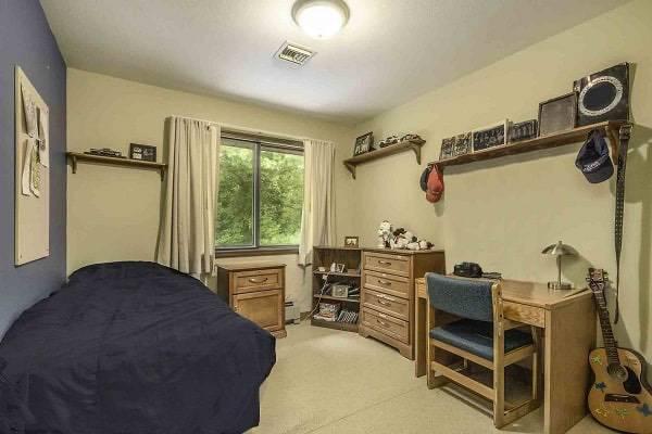 Pine Grove Bedroom 600x400