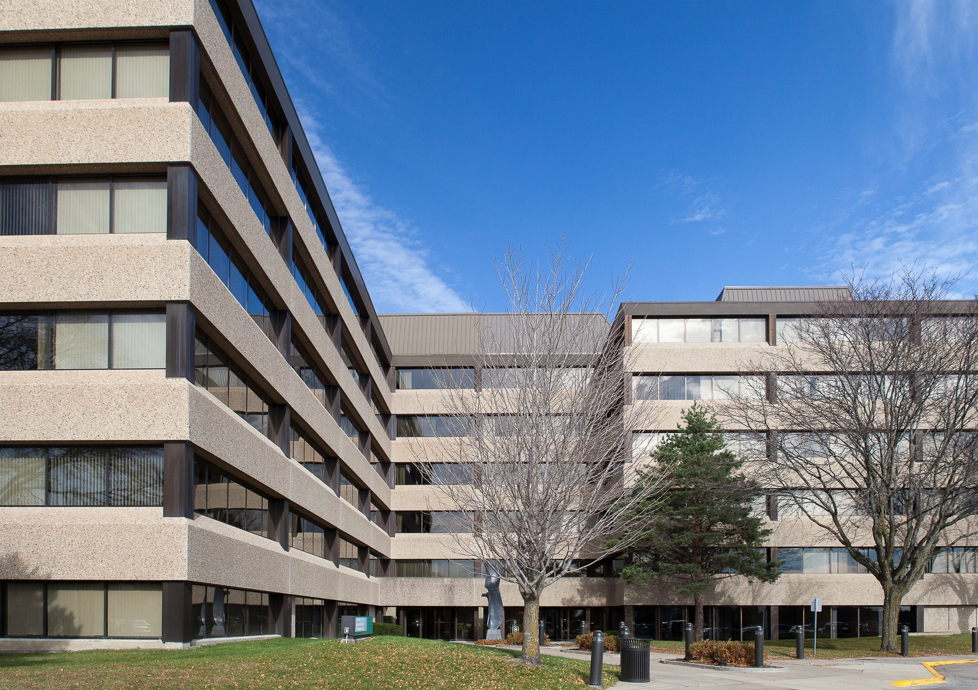 Des Moines Clinic exterior
